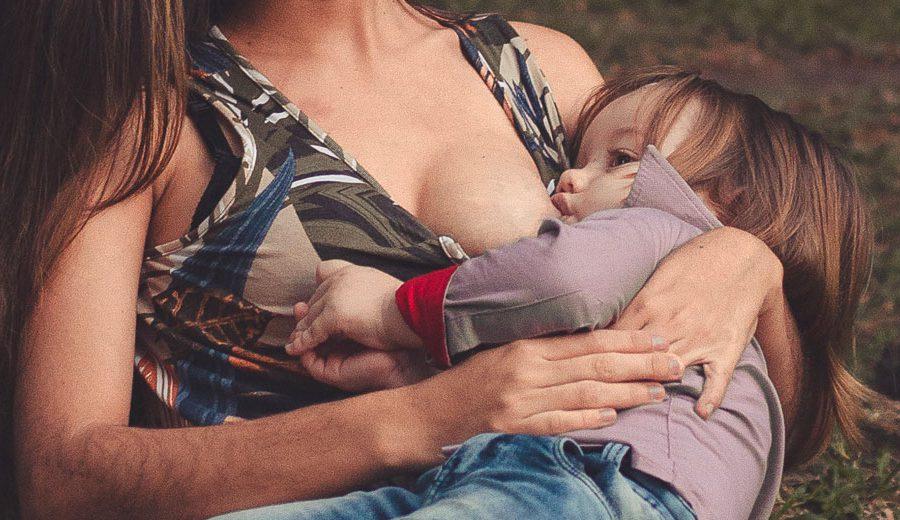 do-or-dont-borstvoeding-in-een-openbare-gelegenheid