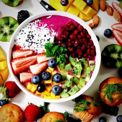 de-lekkerste-smoothiebowls-maak-je-met-deze-recepten